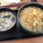 お弁当のヒライ - 味噌汁と かけそば小