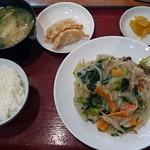 キッチンハウス - ワンコインランチ八宝菜