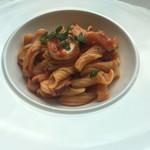 ヴィーノ アンド リストランテ コネッサ - 万願寺トウガラシと真蛸のアラビアータ 蛸は柔らかく麺はモチモチです