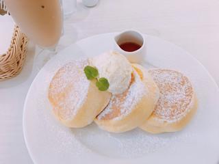幸せのパンケーキ 鎌倉小町通り店