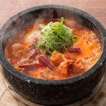 ■<ヤバ辛>激辛太郎牛筋肉豆腐