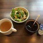88698510 - スープはお替りできる。アイスコーヒーー無料。
