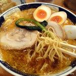 ごま麺 - 太肉担々麺、たまごトッピング