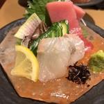 天ぷら天美巧 - お造り 三重県産伊勢まぐろ、愛知県産とり貝、愛知県産天然のヒラメ刺身
