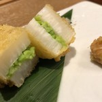 天ぷら天美巧 - 愛知県産山芋と枝豆の彩天ぷら〜島らっきょう味噌添え