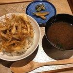 天ぷら天美巧 - 白海老の天丼、しじみ汁、香の物