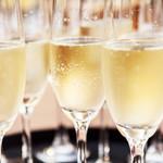 大宮モノリス - シャンパンで乾杯!