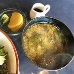 あみ屋 - ちょと濃ゆいけど野菜たっぷりが嬉しい味噌汁♡