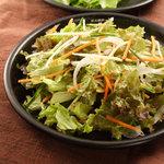 炭火焼肉 なかむら  - 『チョレギサラダ』 ごま油とニンニクの風味あふれるシンプルなサラダ