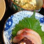 ぎおんのやま本 - 鱧の卵とじ 刺身