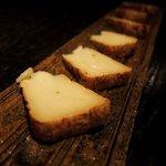 伊のマタギ - カマンベールチーズの味噌漬け