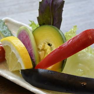 生野菜だからこそわかる、一味も二味も美味しい野菜!!