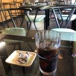 Kohihausunakazawa - アイスコーヒーとチョコ