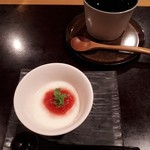 88722410 - 甘味:ルバーブジャムの峰岡豆腐