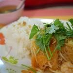 カジュアル タイ料理 カオサンカァ - スッキーウンセンクン