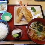 かつグルメ - 料理写真:エビヒレ満腹ランチセット1080円