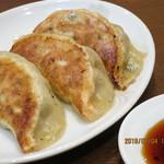 中華料理シーズ - 餃子3個