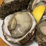 多け乃 - 岩牡蠣