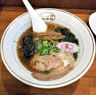 六文亭 めん房 沼津店 - こってり醤油ラーメン560円。