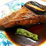 動坂食堂 - 真鯛の煮付け