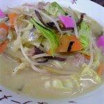 さつまラーメン - 料理写真:なぜか?世界の味?