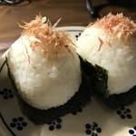 自家焙煎コーヒーcafe・すいらて - まんまるオカカの掛かった海苔巻きは、梅と塩昆布です!(2018.7.5)
