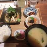 飯と酒いちばん - ゴマサバ定食