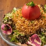 丸ごとトマトのパリパリ長崎サラダ