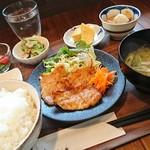 カフェ シェモア - 料理写真:シェモアランチ、コーヒーセット1,280円