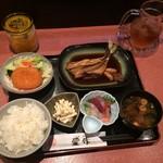 MIKAWA 愛作 - ランチ伊良湖地魚の煮付け定食1180円です。