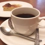 cafe+kitchen BLEKOCHEN  -
