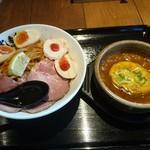 88760560 - 濃厚辛つけ麺(肉増し・味玉)