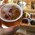 観光列車 ながら - ドリンク写真:ビールがうまい!(当たり前ですが、揺れてもこぼれません)