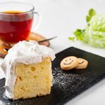 『メープルクリームのシフォンケーキ』