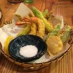 鮨 和食 ひとしずく - 天ぷら盛り(1800円)