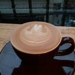コーヒー ラボ フランク - カフェラテ