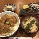 串屋 晴 - ランチ・チキンたれカツ丼(中)