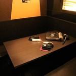 チーズタッカルビ×個室バル グレイビーバード - ドアのついた完全個室