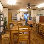 雨宮製麺所 - 店内の様子