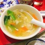 盛苑 - スープ餃子