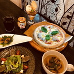 Fuwarin - 生麩のピザランチ