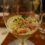 88792627 - アヴォガドの冷製スープ