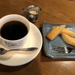 サッポロ珈琲館 - 朝のコーヒーとメープルフィナンシェで549円