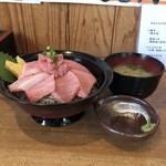 88794318 - 生本鮪トロ丼