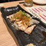 Hidentebasakiagetohonkakukushiyakisemmontentorishin - 鶏たたきのカルパッチョ