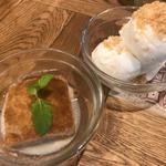 本格タイ料理バル プアン - カノムモーケン       ココナッツアイス