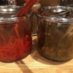 関西 風来軒 - 紅ショウガと高菜