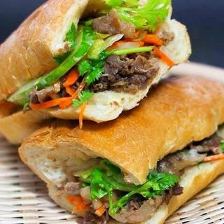 今話題のベトナム生まれのサンドイッチ「バインミー」が流行中!