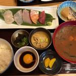 魚食処 一豊 - 海鮮めし定食