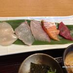 魚食処 一豊 - 五種類のお造り
